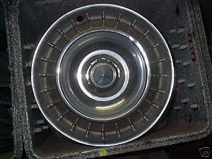 1963 63 Ford Thunderbird T BIRD Hubcap Wheel Cover 14