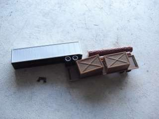 Lot of 2 Vintage HO Scale Truck Trailers w/ Loads