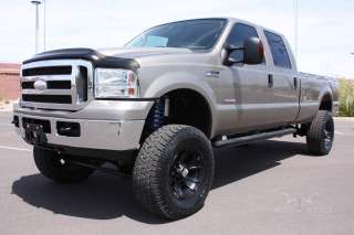 2005 F350 Crew Cab 4X4 Diesel XLT Lifted and Clean in ,