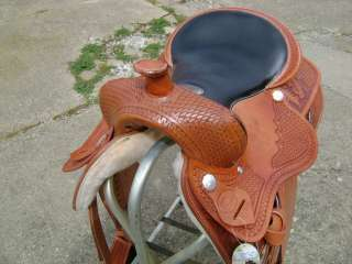 16 GORGEOUS FULLY TOOLED WESTERN PLEASURE TRAIL HORSE SADDLE