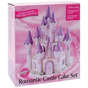 Wilton Romantic Castle Cake Set