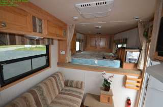 2005 KEIFER X340 THREE HORSE TRAILER 2005 KEIFER X340 THREE HORSE